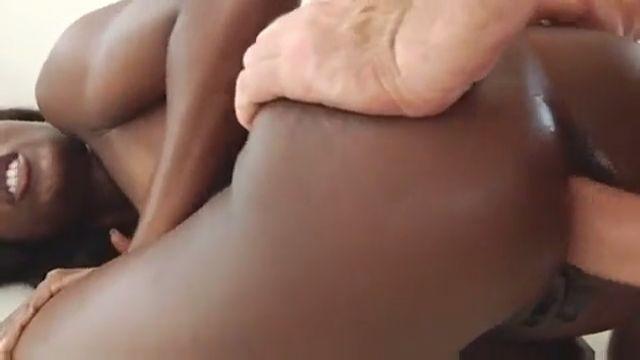 ana foxxx
